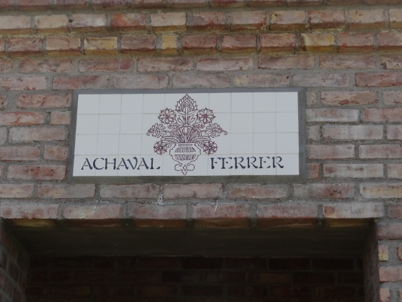 Achaval Ferrer sign